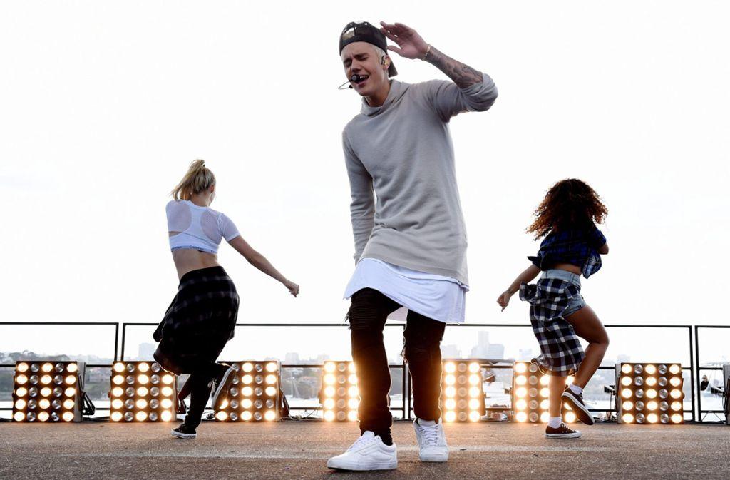 Justin Bieber (vorne) Foto: dpa/Dean Lewins