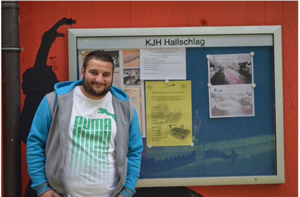 Giuseppe Gefasuli, ehrenamtlicher Jugendmitarbeiter im Jugendhaus Hallschlag: Die Jugendlichen interessieren sich nicht für Politik. Foto: Privat