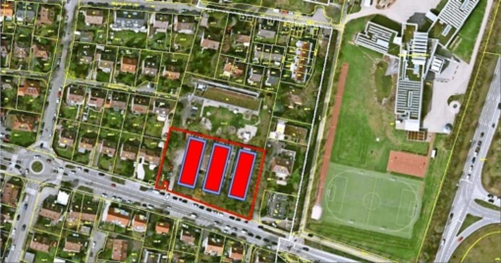 Auf dem Gelände an der Möhringer Landstraße sollen 243 Flüchtlinge in drei Systembauten untergebracht werden. Foto: Stadt Stuttgart