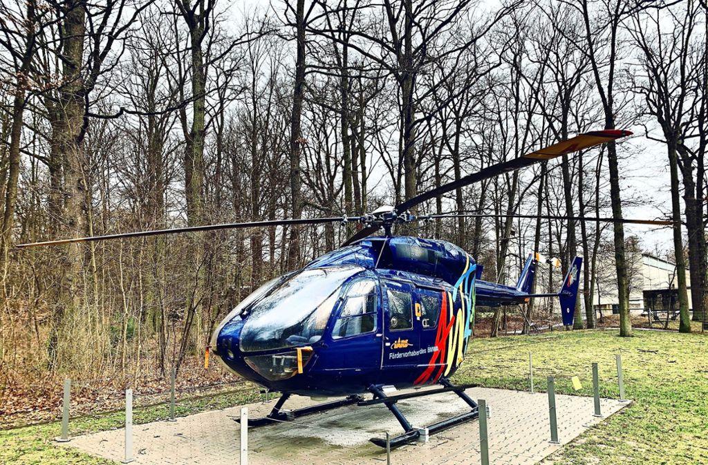 Jetzt ist er ein Ausstellungsstück auf dem Uni-Campus:  Der Hubschrauber vom Typ BK 117 hat 27 Jahre lang zur Erforschung von Zukunftstechnologie gedient. Foto: Götz Schultheiss