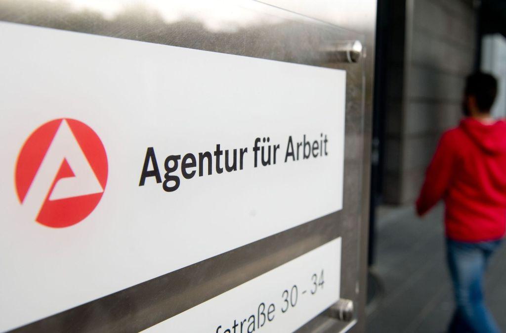 Ein Unternehmens in Speyer hatte geklagt, nachdem dessen Stellenangebote für Empfangs- und Bardamen von der Arbeitsagentur ebenso wie das Nutzerkonto des Unternehmens gelöscht wurden. Foto: dpa