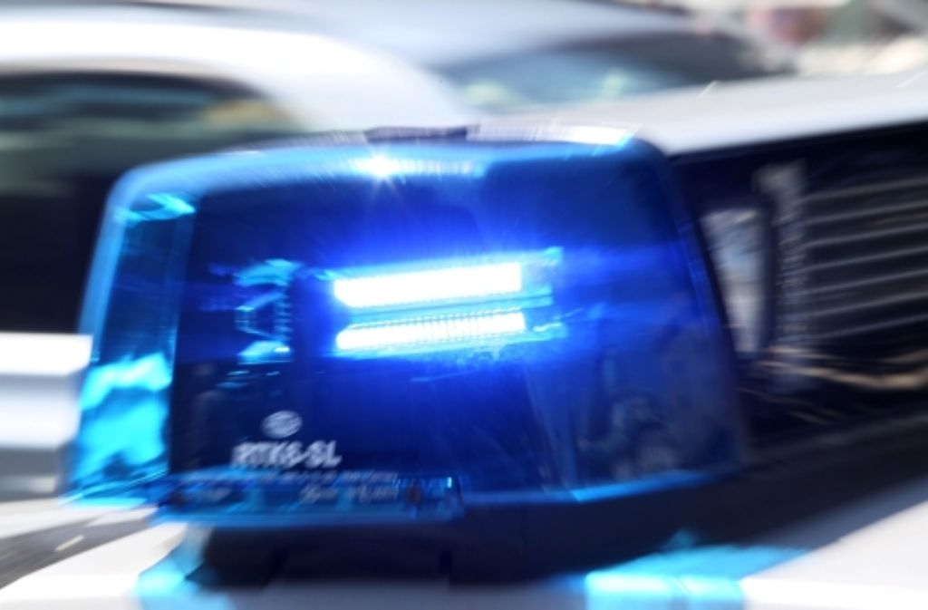 Wer hat Schuld? Das ist die Frage zu einem Autounfall, der sich am Mittwochnachmittag in Stuttgart-Vaihingen auf der Nord-Süd-Straße ereignet hat. Dabei entstand ein Schaden in Höhe von 6000 Euro. Foto: dpa/Symbolbild