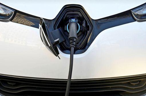 Lademöglichkeiten für E-Autos fehlen bisher