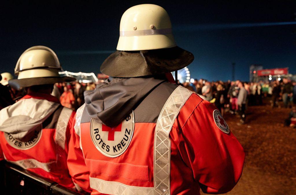 Viele Helfer sorgen auch in diesem Jahr bei Rock am Ring für Sicherheit. Foto: dpa