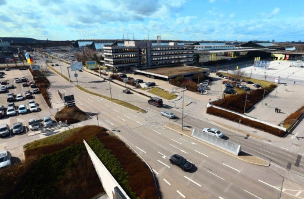 Bei der Alternativvariante liegt  der Filderbahnhof direkt unter der Flughafenstraße. Wir dokumentieren den Filderdialog in einer Bilderstrecke. Foto: Achim Zweygarth