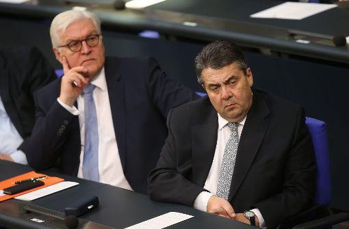 Gauck ernennt Gabriel zum Außenminister