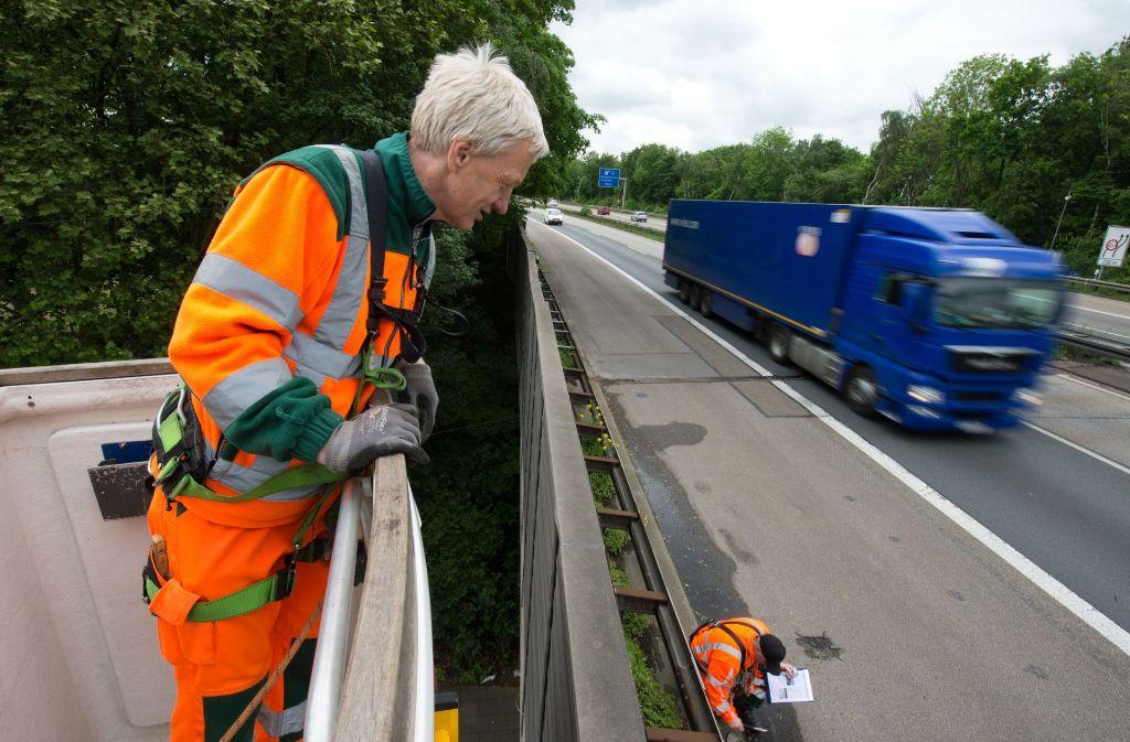 Der Bund stellt mehr Geld zur Verfügung, um Brücken und Straßen zu sanieren. Doch die Mittel werden auch in Baden-Württemberg nicht vollständig abgerufen. Foto: dpa
