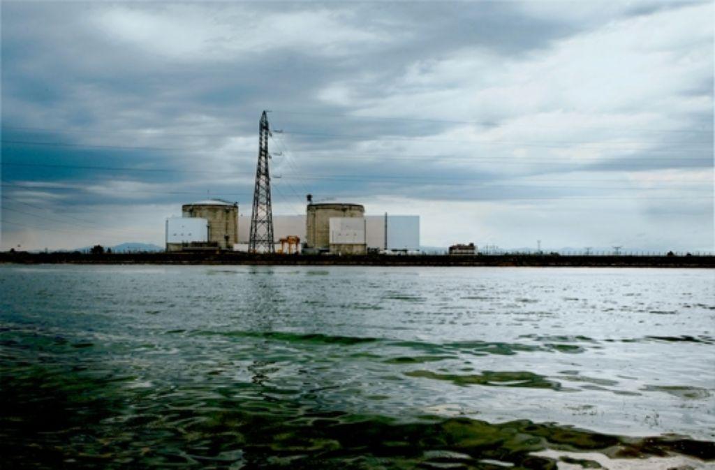 Das Atomkraftwerk Fessenheim liegt direkt am Rhein. Es wurde 1977 gebaut  und ist damit das älteste AKW Frankreichs. Foto: dpa
