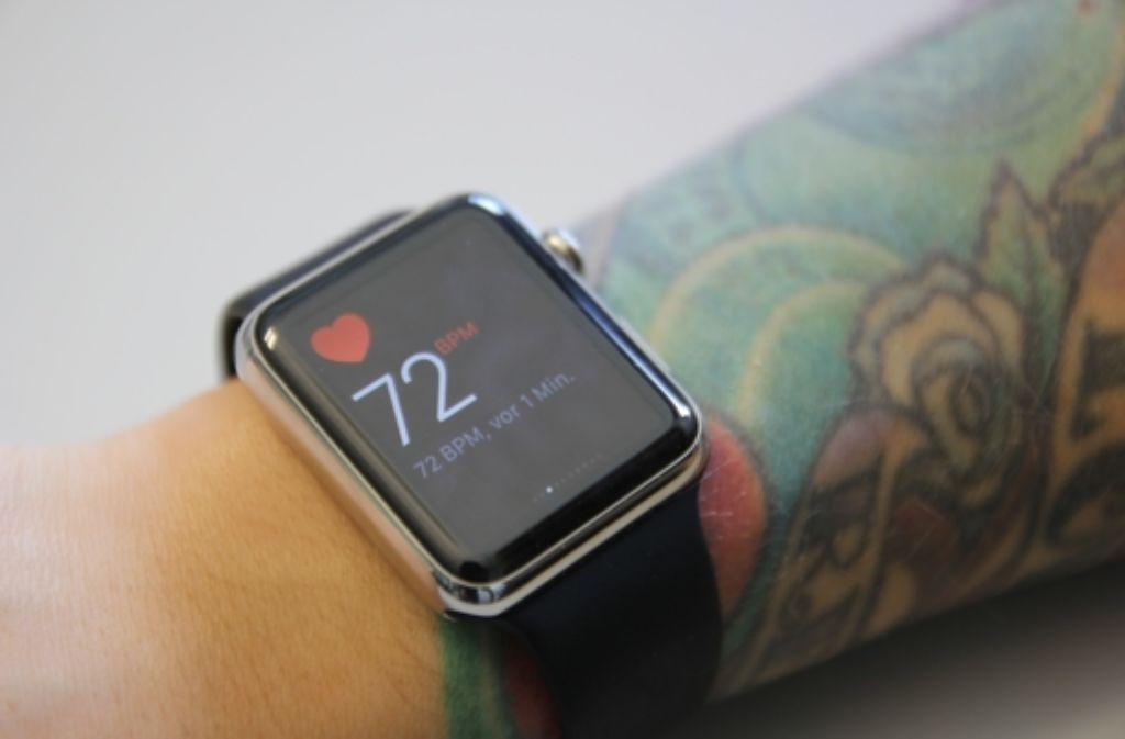Tätowierungen auf dem Unterarm können dazu führen, dass die Apple-Watch nicht mehr richtig funktioniert. Foto: StZ