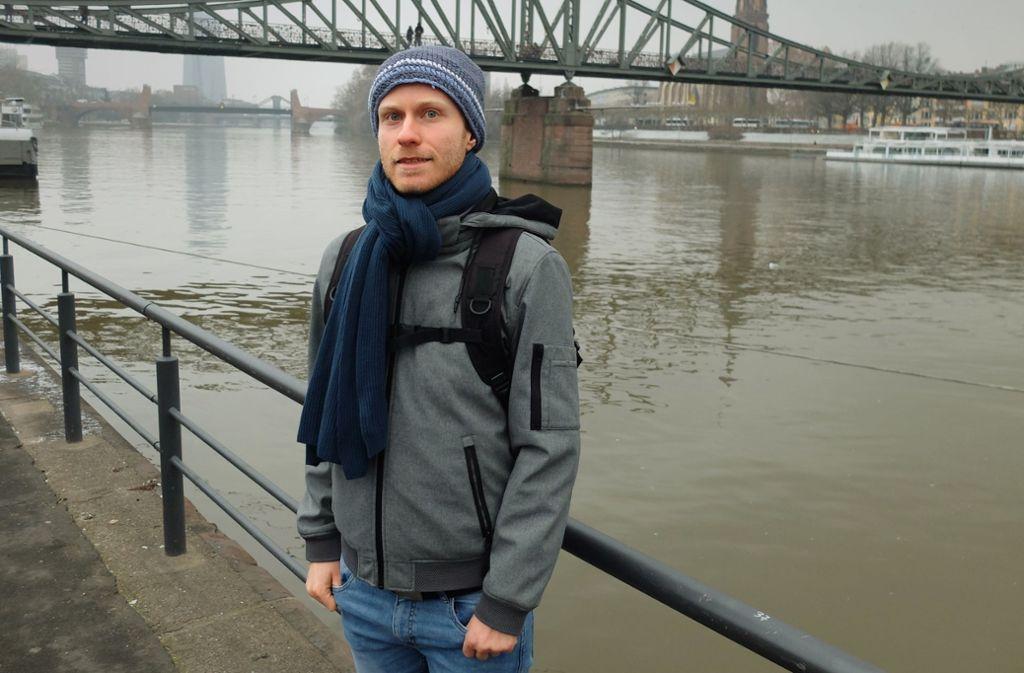 Jonathan Steinhauser steht kurz vor dem Masterabschluss in Politikwissenschaft an der Frankfurter Goethe-Universität – und  ist vorbestraft wegen Hausfriedensbruchs. Foto: Frank Buchmeier