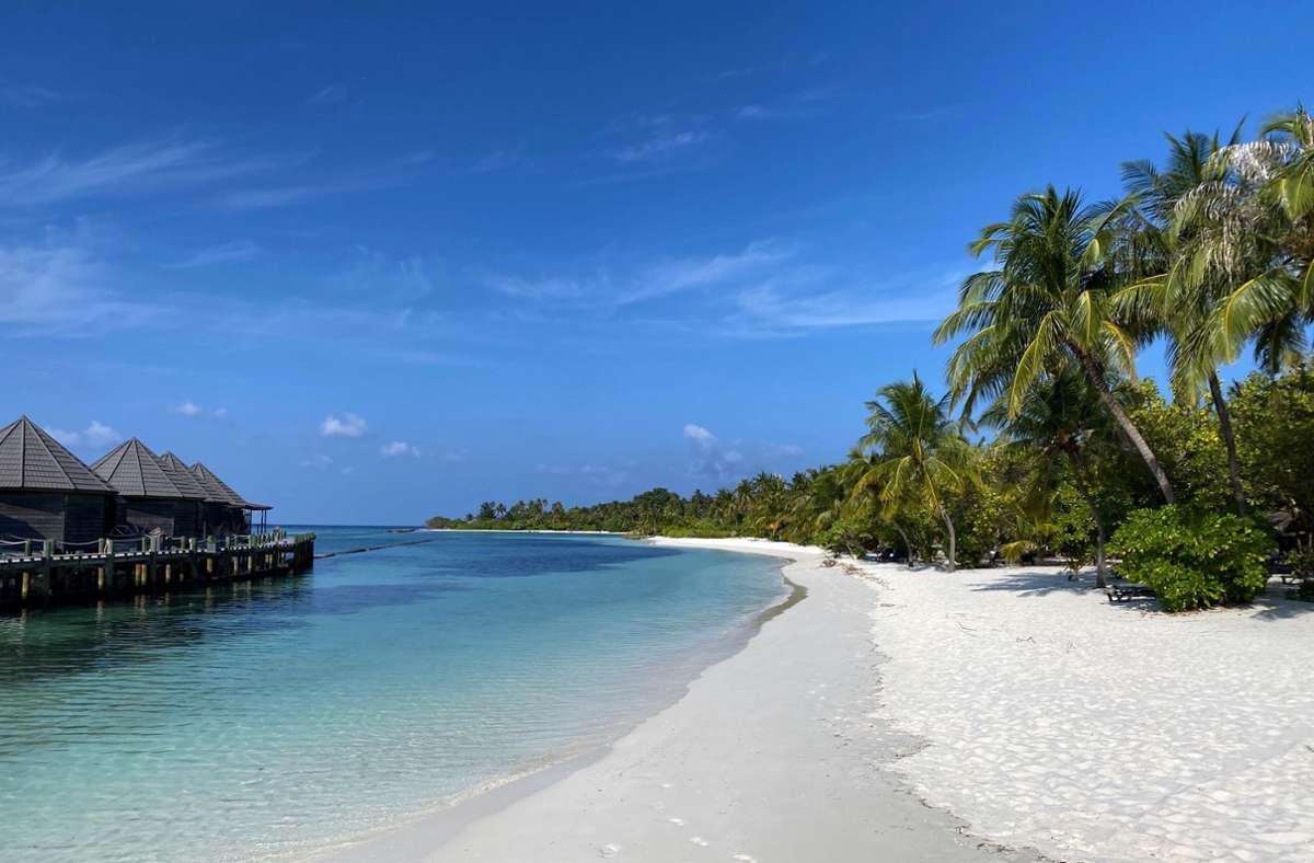 Die Malediven locken mit traumhaften Stränden. Foto: dpa/Philipp Herder