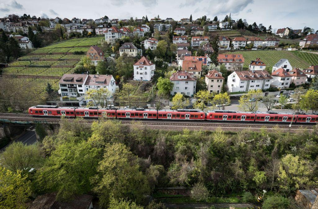 Die Gäubahn ist Ausweichstrecke für Güterzüge, allerdings nicht im Stadtgebiet Stuttgart. Foto: Lichtgut/Achim Zweygarth