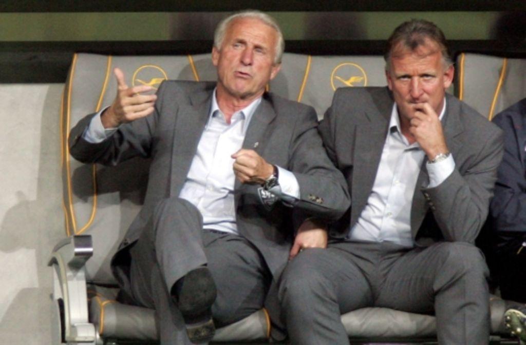Für den VfB 2005/06 auf der Bank: Giovanni Trapattoni und Andreas Brehme Foto: dpa