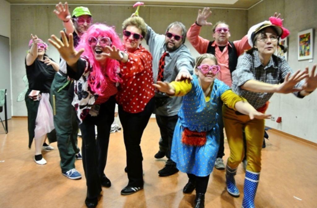 Gelungene Inklusion: Schauspieler mit und ohne Handicap haben gemeinsam ein Theaterstück realisiert. Foto: Stefanie Käfferlein