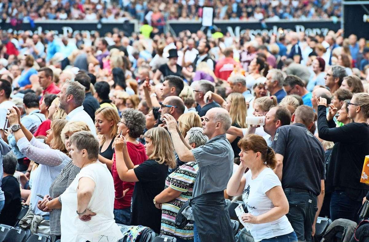 Von Zuschauermengen wie hier beim Konzert von Helene Fischer 2018 in der Mercedes-Benz-Arena wagen Kulturveranstalter zurzeit nicht zu träumen. Foto: Lichtgut/Oliver Willikonsky