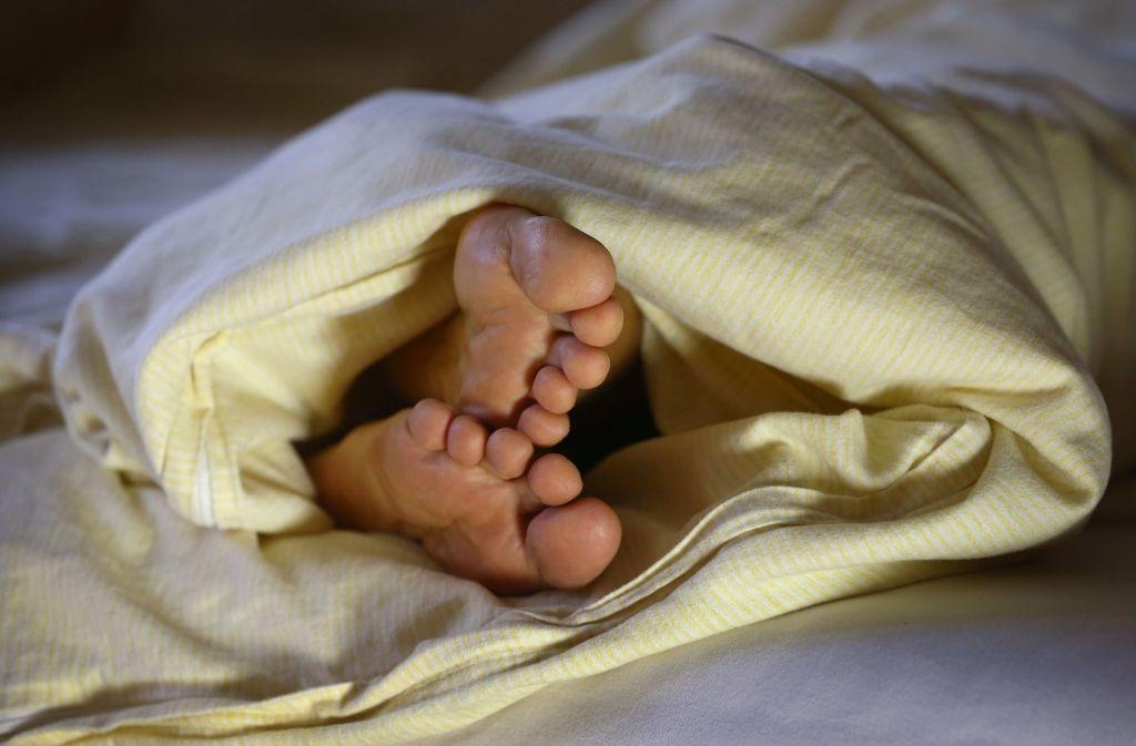 Die Norddeutschen schlafen besser als die Menschen in Süddeutschland, berichtet der Schlafatlas. Foto: dpa