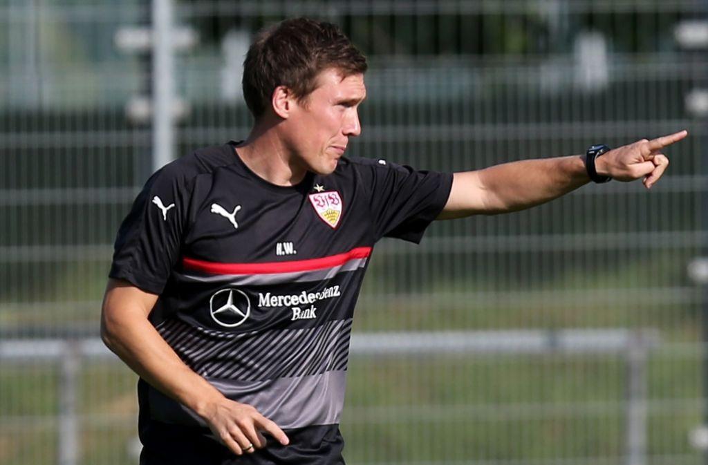 Viel zu vermitteln: VfB-Trainer Hannes Wolf. Foto: Baumann
