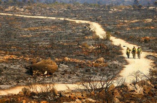 Flammen wüten in spanischer Urlaubsregion