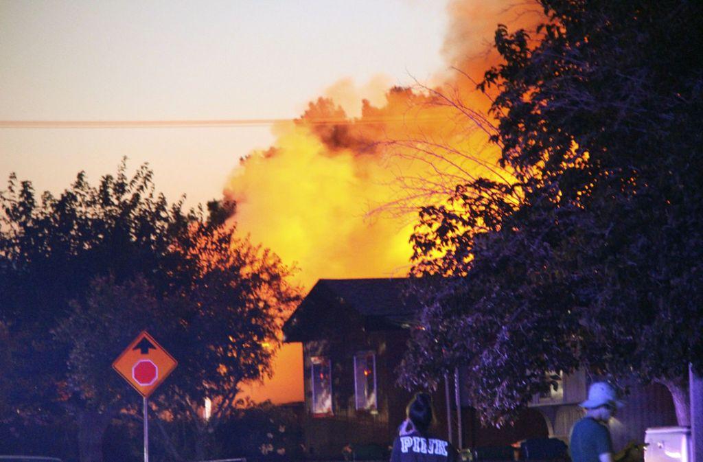 Bei dem neuerlichen Erdbeben sind zahlreiche Feuer ausgebrochen. Foto: Jessica Weston/The Daily Indepen