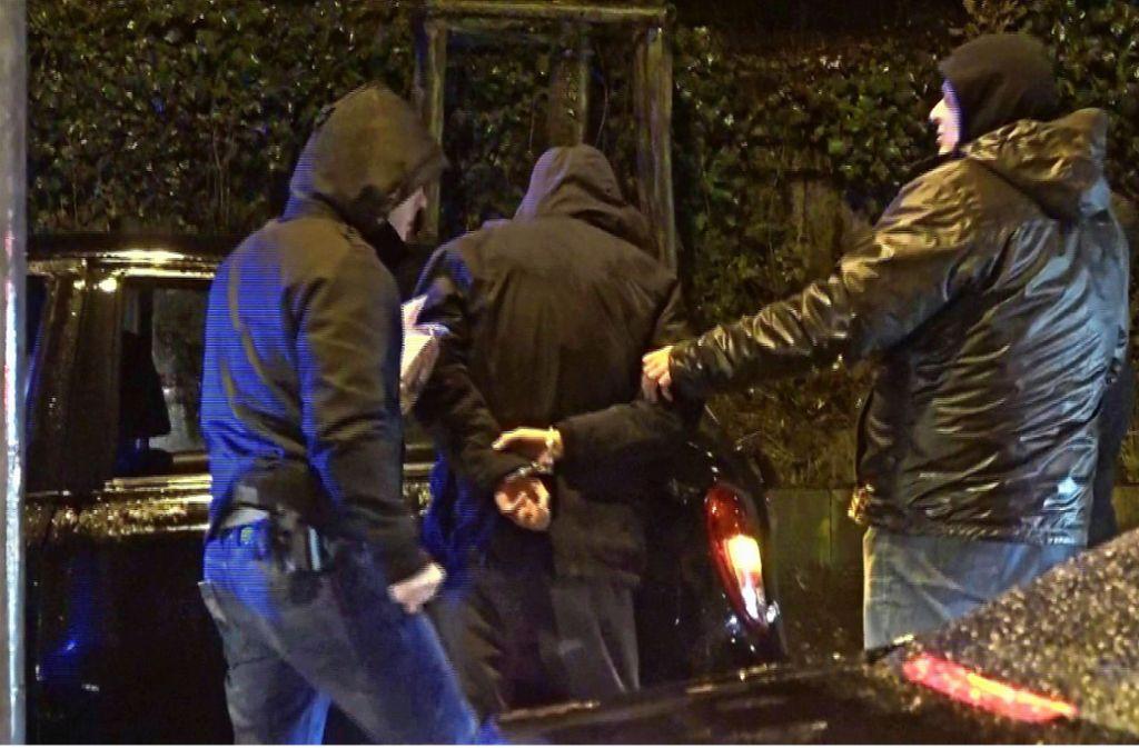 Nach dem blutigen Streit in der Innenstadt hat die Polizei in der Nacht zum Freitag mehrere Verdächtige festgenommen. Foto: 7aktuell/Simon Adomat