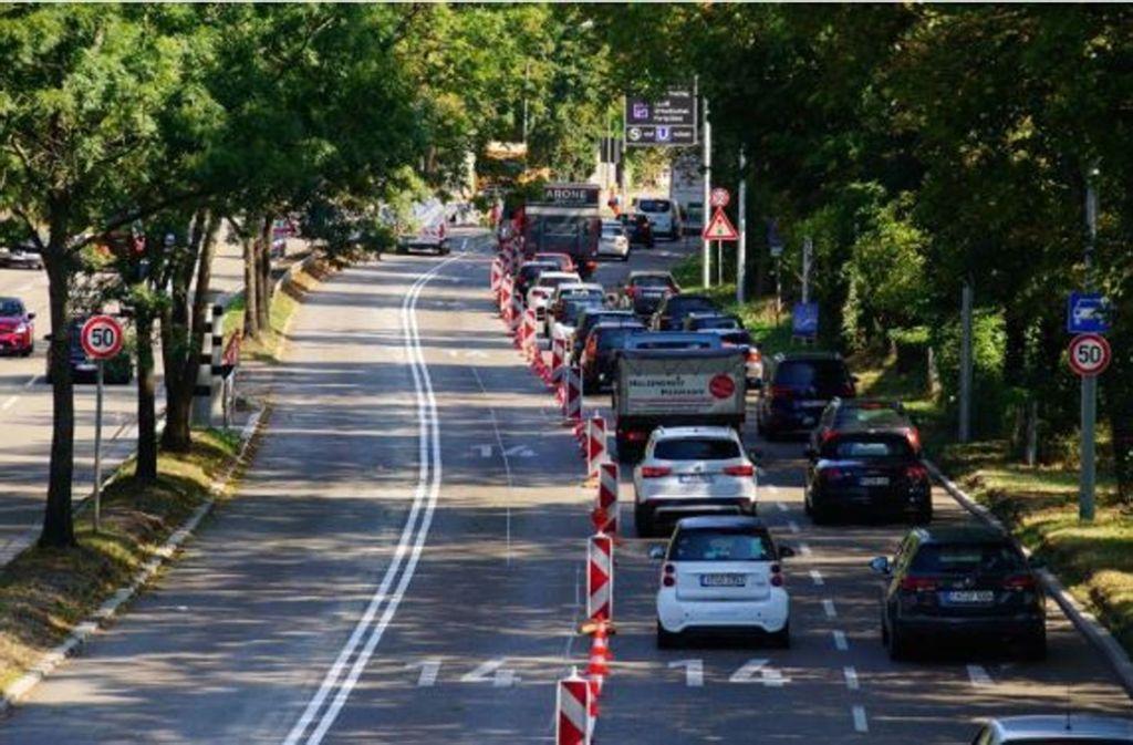 Die Expressbusse sollen am Stau zwischen Cannstatt und der Stuttgarter Innenstadt einfach vorbeifahren. Foto: Rosar/Fotoagentur-Stuttgart