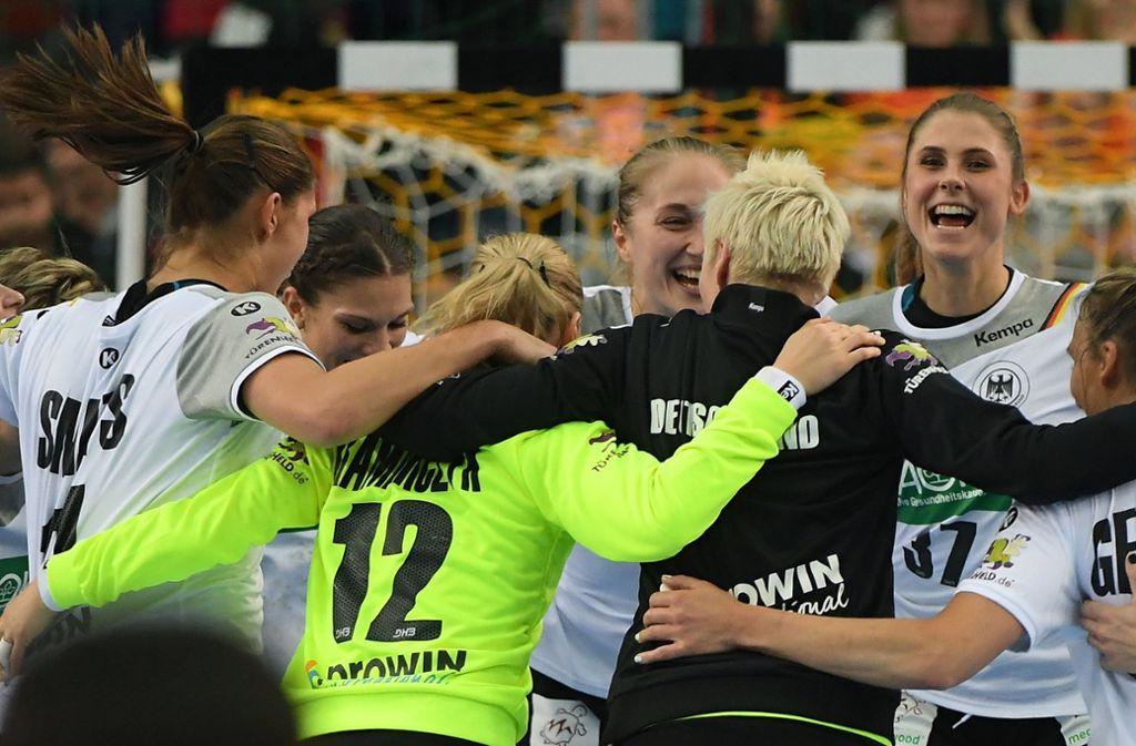 Ob die deutschen Frauen bei der WM in Japan wieder Grund zu jubeln haben? Foto: dpa/Hendrik Schmidt