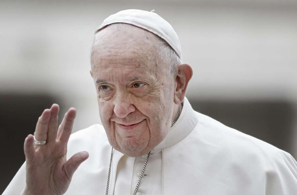 Papst Franziskus wurde etwa drei Stunden operiert. (Archivbild) Foto: dpa/Giuseppe Ciccia