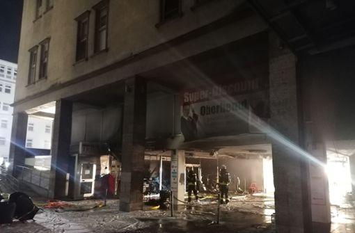 Geschäft in der Stephanspassage brennt – mehrere Straßen gesperrt