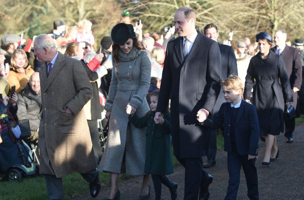 Der britische Thronfolger Prinz Charles - der Großvater der drei - wurde positiv auf Sars-CoV-2 getestet. Foto: dpa/Joe Giddens
