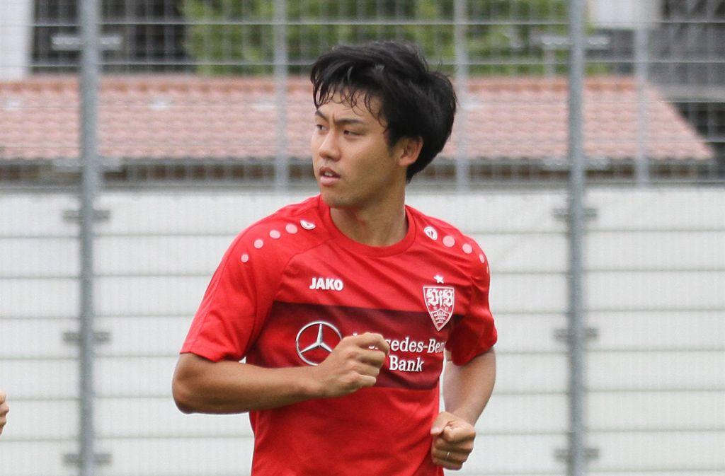 Beim VfB hat Wataru Endo einen schweren Stand, in der japanischen Nationalmannschaft kommt er dagegen zum Einsatz. Foto: Baumann