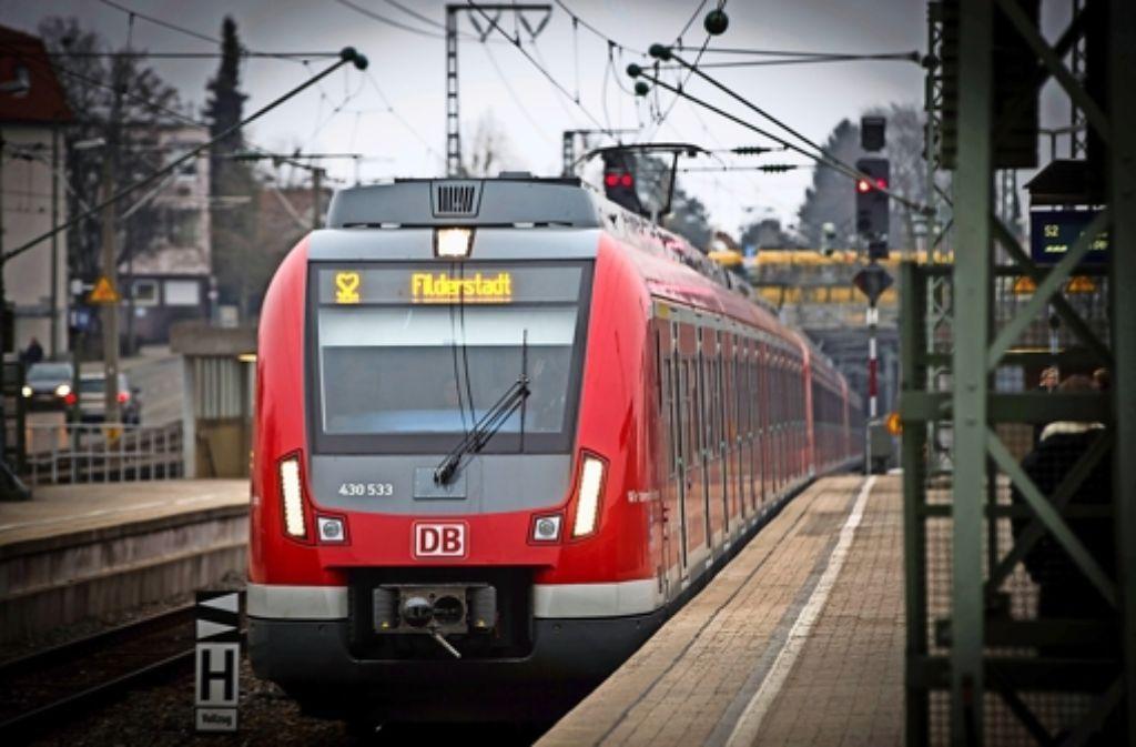 125 Millionen Euro sind nötig, um die S 2 künftig bis Neuhausen rollen zu lassen. Die Projektplaner drücken deshalb jetzt auf die Kostenbremse. Foto: Lichtgut/Achim Zweygarth
