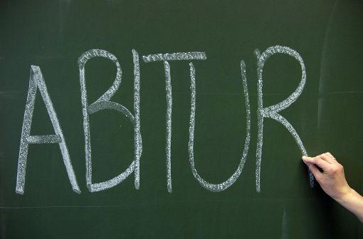 Unbekannte Täter haben in Stuttgart Abi-Prüfungsaufgaben gestohlen. Foto: dpa
