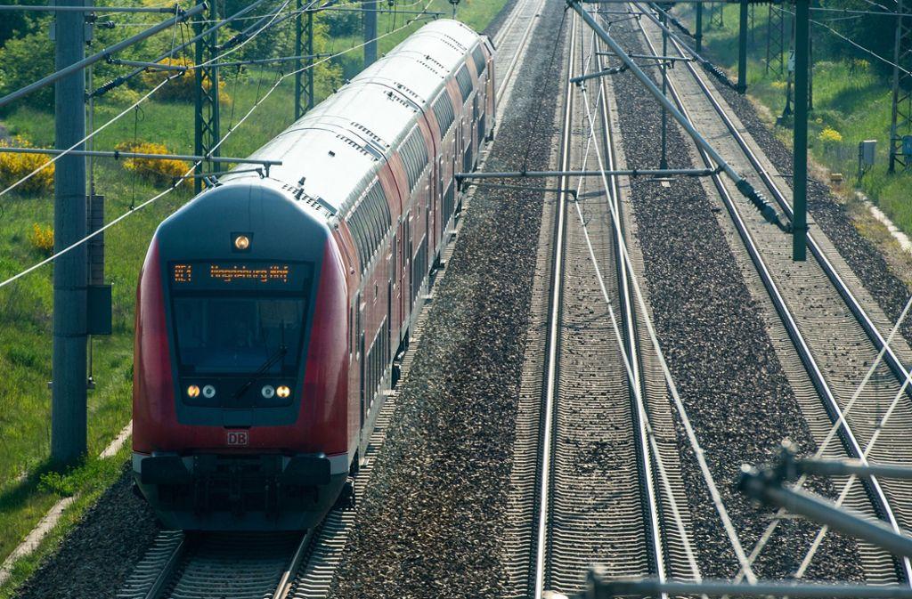 Regionalzüge zwischen Memmingen und Lindau werden durch Busse ersetzt. Foto: dpa-Zentralbild