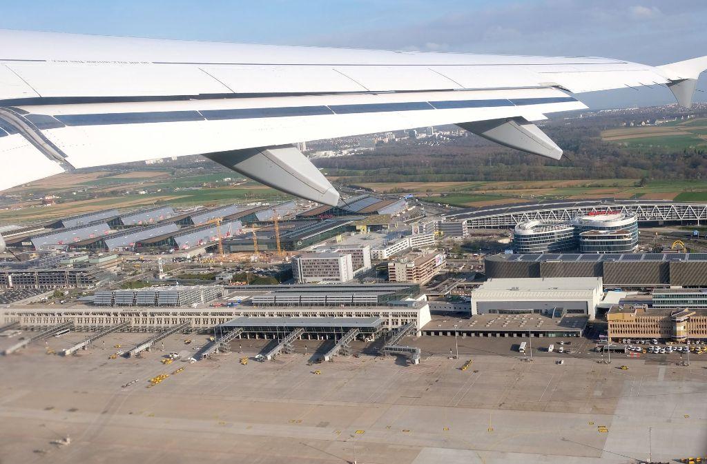 Großes Streitthema beim Stuttgarter Flughafen bleibt dagegen das Bahnprojekt Stuttgart 21. Foto: dpa