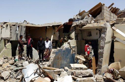 Luftangriff auf Molkerei fordert Opfer