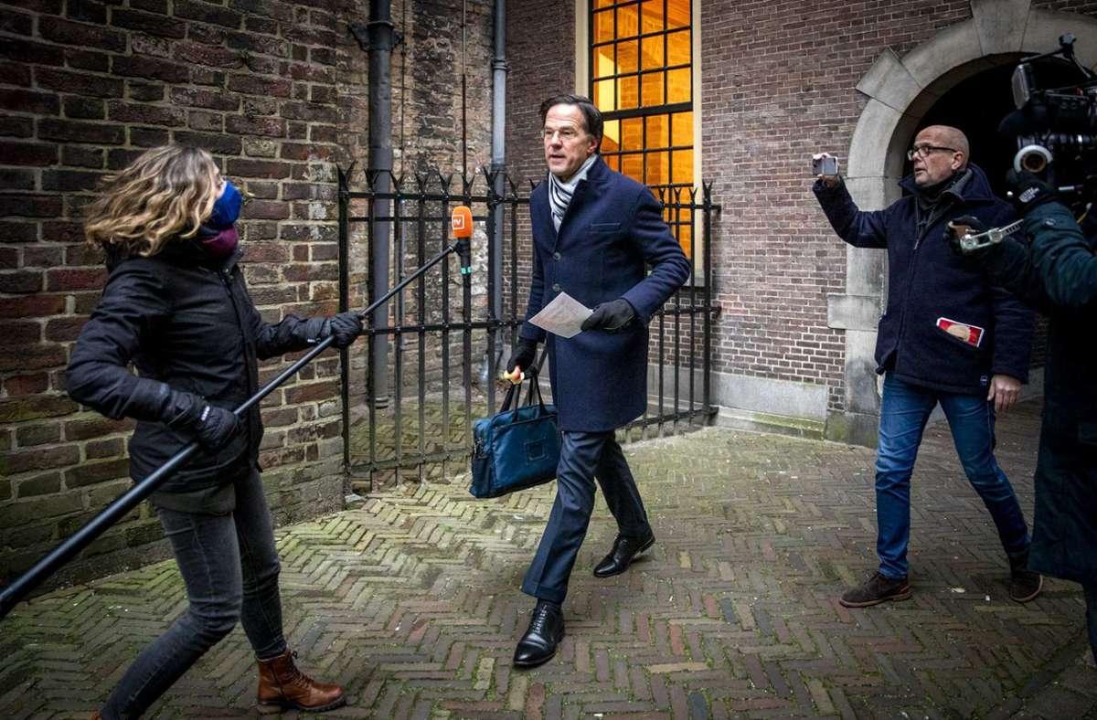 Premierminister Mark Rutte – seine gesamte Regierung ist zurückgetreten. Foto: dpa/Remko De Waal