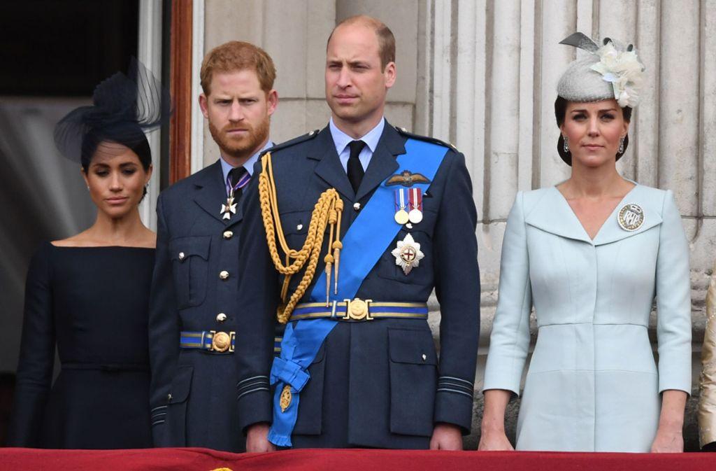 Die beiden Glamour-Paare des britischen Königshauses scheinen sich zunehmend zu entfremden. Foto: dpa