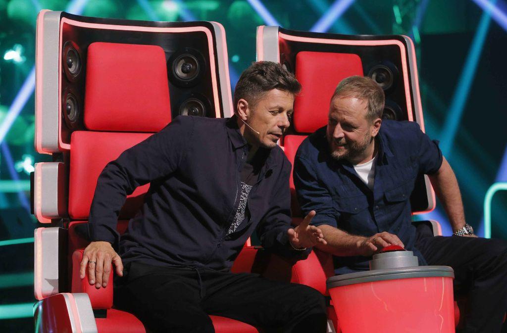 """Michi Beck (links) und Smudo sind Juroren bei der Casting-Show """"The Voice of Germany"""". Foto: © ProSieben/SAT.1/Richard Huebne"""