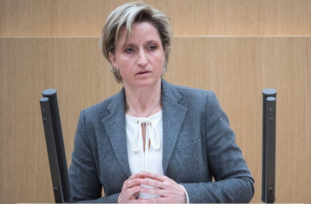 Wegen des Falls Eventus im Visier der Opposition: Wirtschaftsministerin Hoffmeister-Kraut (CDU)Als Aufseherin in der Kritik: Nicole Hoffmeister-Kraut Foto: dpa