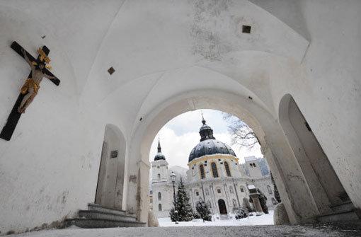 Jesuiten wollen Opfer entschädigen