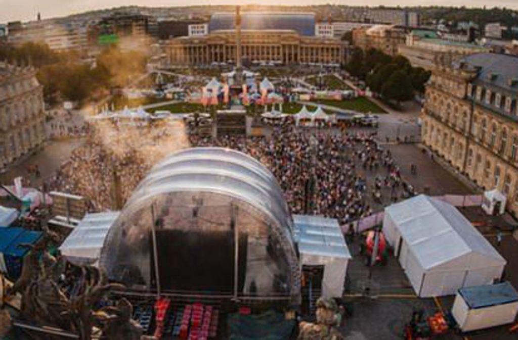 Von Freitag bis Montag bespielt der SWR den  Ehrenhof des Neues Schlosses (hier ein Foto vom vergangenen Jahr) mit Konzerten. Foto: SWR