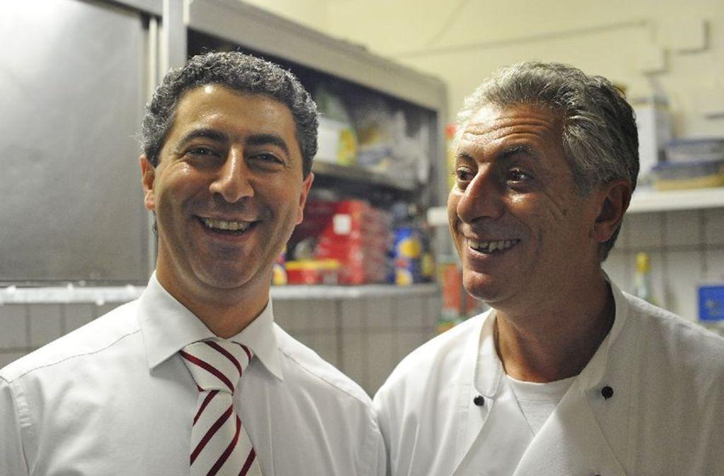 Franco Trausi (r.) und sein Bruder Carmelo lieben ihre Arbeit im Restaurant. Foto: privat
