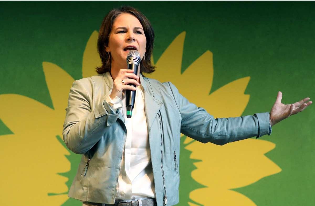 Die Grünen-Kanzlerkandidatin Annalena Baebock steht bei den Beschäftigten im öffentlichen Dienst auf Platz eins. Foto: dpa/Bernd Wüstneck