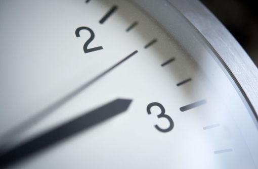 Eine Stunde geschenkt - Uhren werden Sonntagfrüh zurückgestellt