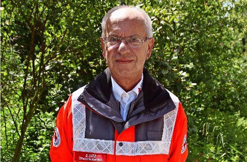 Dieter Lutz in Einsatzkleidung. Die jahrelange Mitgliedschaft brachte ihm schon einige Orden ein. Foto: Waltraud Daniela Engel