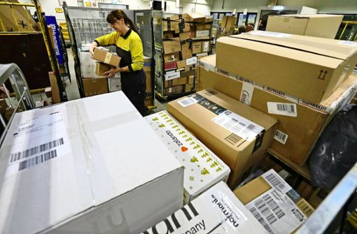 Post lagert  viele Pakete kilometerweit entfernt