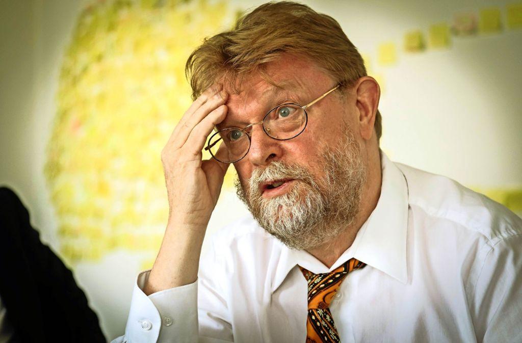 Ein schwieriges Gespräch: Ministerialdirektor Uwe Lahl hat OB Spec und Landrat Haas bei sich empfangen. Foto: Lichtgut/Achim Zweygarth