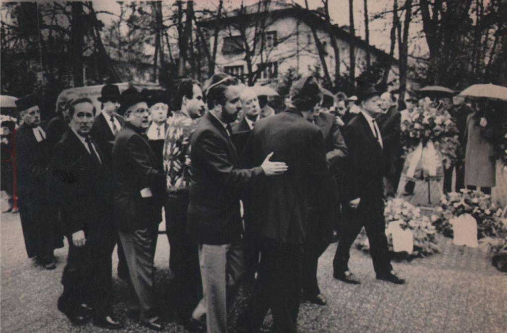 Große Anteilnahme: Werner Nachmanns Begräbnis im Jahr 1988. Foto: dpa