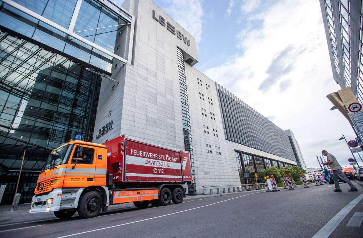Die Feuerwehr rückte am Freitagabend zu einem Großeinsatz nach Stuttgart-Mitte aus. Foto: 7aktuell.de/Simon Adomat