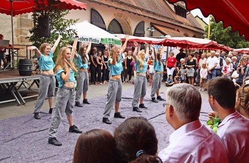 Viel Betrieb bei Dorffest und Feldtag